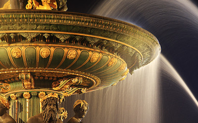 Waltzing Waters: Place de la Concorde