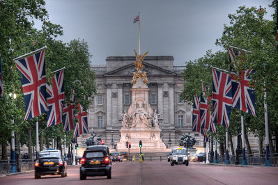 Buckingham Palace. London, UK (HDR)