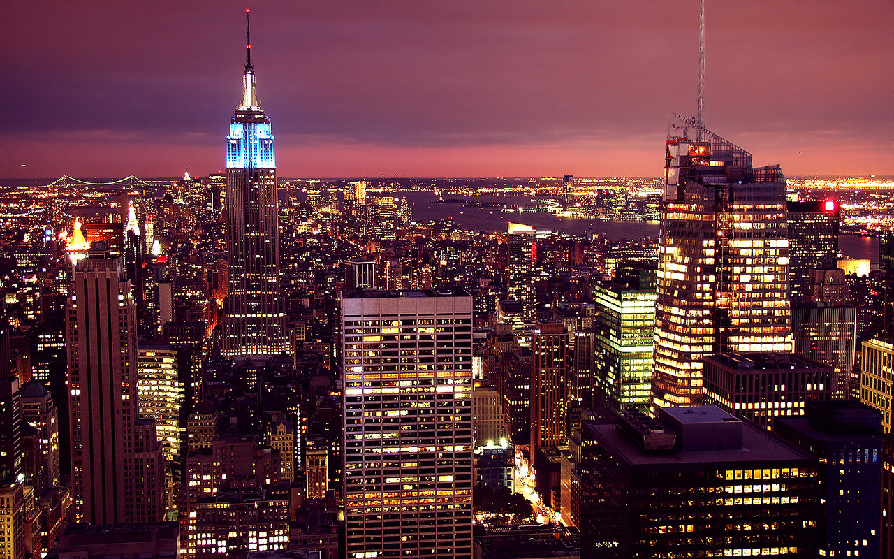 Midtown Manhattan & the Empire State Building from the top of Rockefeller Center