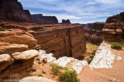 Scenery at Shafer Trail at Canyonsland Utah  Filename: CEM005142-ShaferTrail-Canyonsland-UT-USA-Edit.jpg