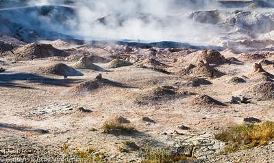 Yellowstone Nat'l Park, Lower Geyser Basin, Fountain Paintpots  Filename: CEM006049-YellowstoneNP-WY-USA.jpg