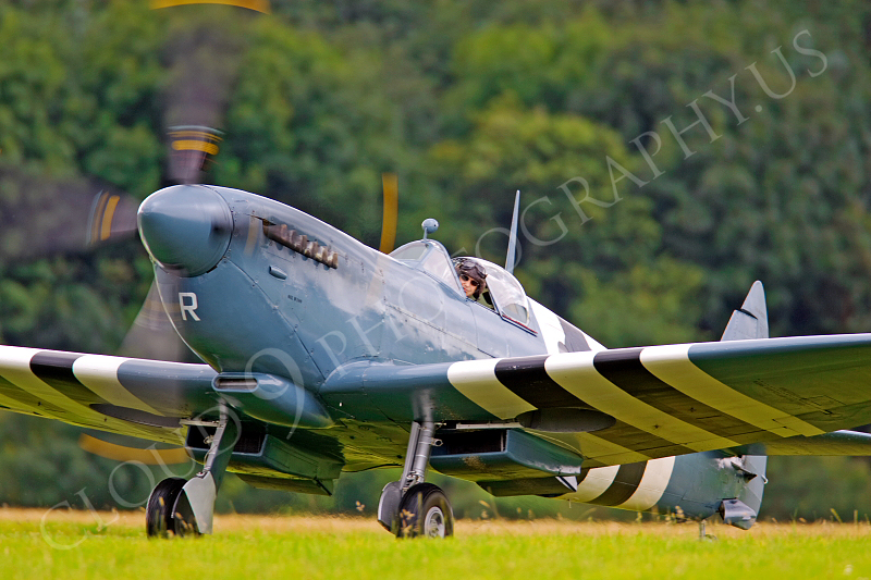WB - Vickers-Supermarine Spitfire 00041 by Tony Fairey