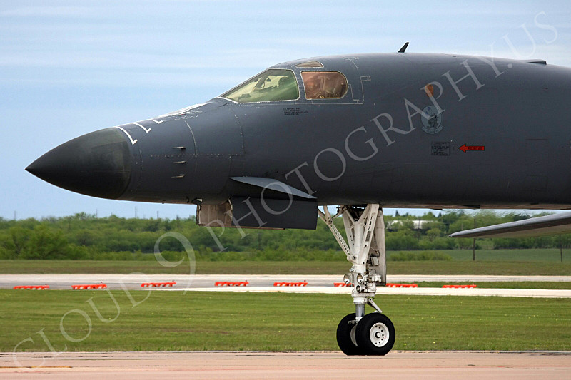 CUNMJ 00295 Close up of the nose of a USAF Rockwell B-1B Lancer strategic jet bomber airplane picture, by Tim Perkins