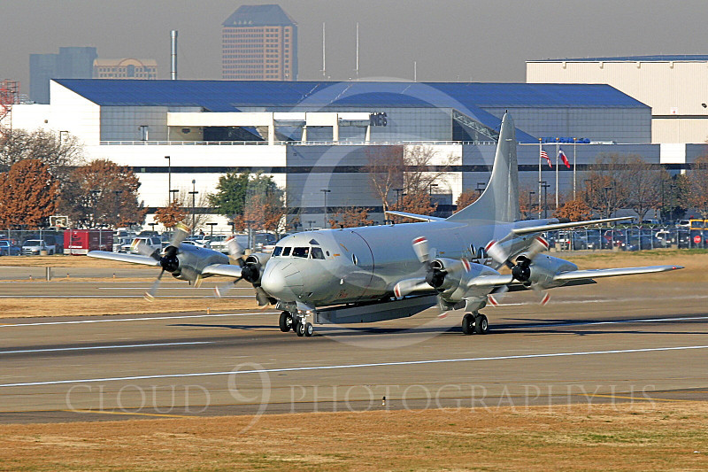 P-3USN 00013 A USN Lockheed P-3 Orion with a SLR slide looking radar pod military airplane picture, by Tim Perkins