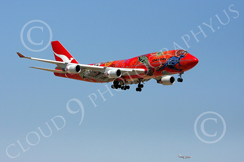 B747 00182 Qantas Airline's Boeing 747 in colorful Wunala Dreaming markings on final approach to land airliner picture, by Tim Perkins