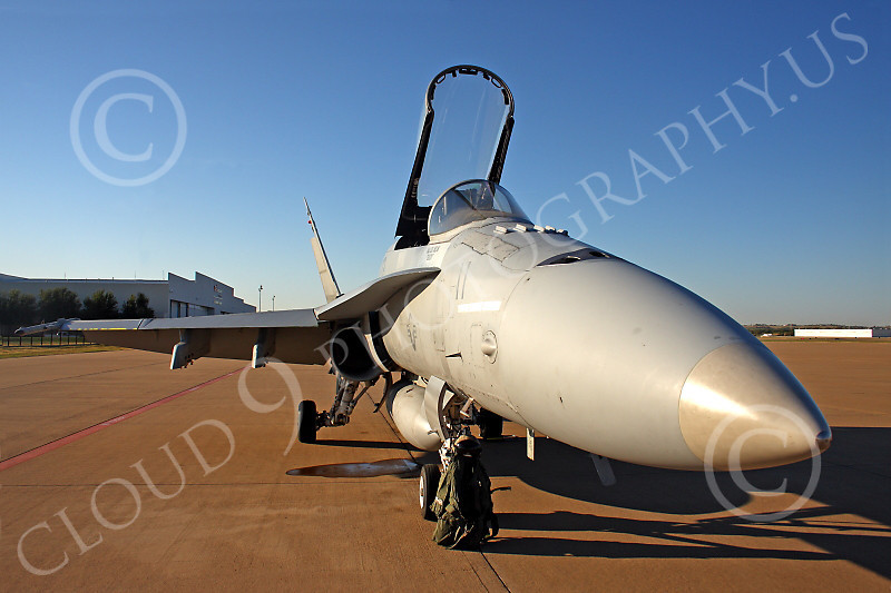 F-18USMC 00083 A Boeing USMC F-18A Hornet jet fighter at Alliance Airport, military airplane picture, by Tim Perkins