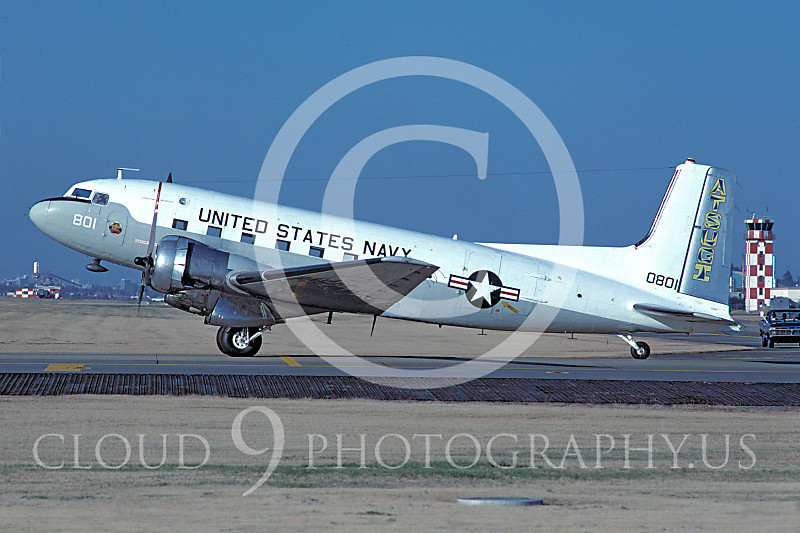 C-117USN 00033 Douglas C-117D Skytrooper US Navy Yokota AB 12 March 1979 by Matsumi Wada