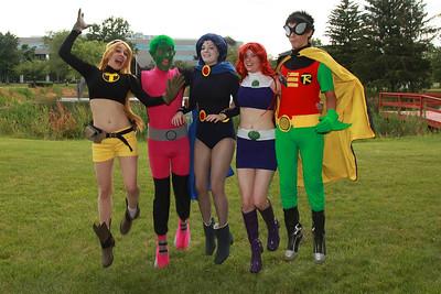 Terra, Beast Boy, Raven, Starfire, & Robin