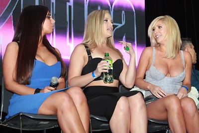 Sydney Leathers, Alexis Texas, & Tasha Reign