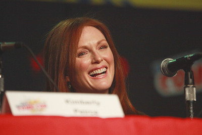Carrie: Julianne Moore