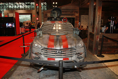 "Hyundai's ""The Walking Dead"" Zombie Survival Machine"