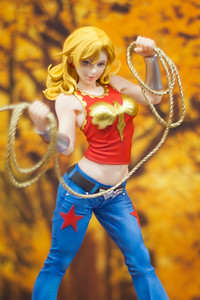 "Kotobukiya's ""Wonder Girl"""