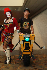 Mad Moxxi, Scooter, & Claptrap