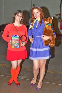 Velma Dinkley & Daphne Blake