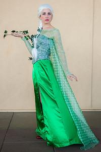"""""""Elsa of Arendelle /Poison Ivy"""" Mash-Up"""