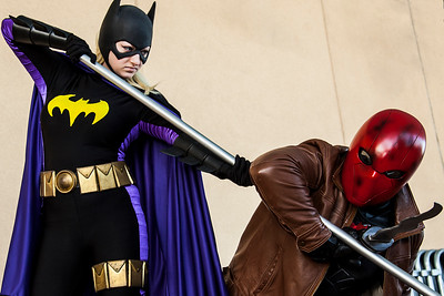 Batgirl vs. Red Hood