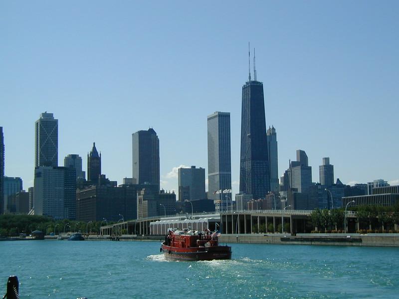 IL navy pier fireboat