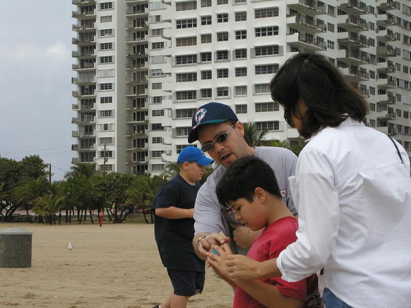 beach-03 connally and caleb