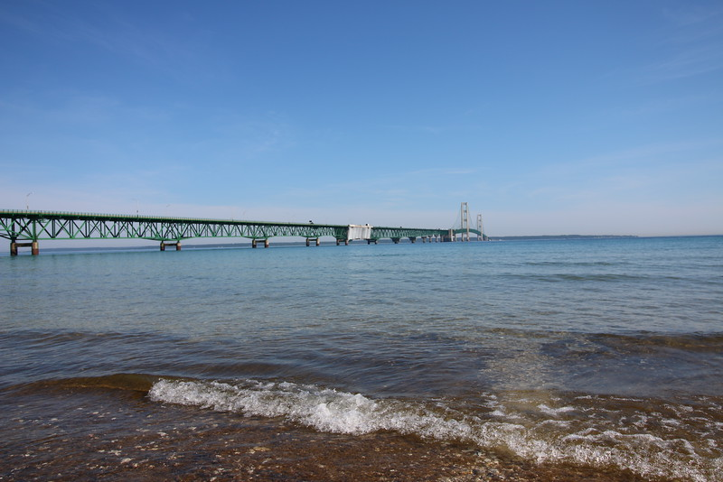 upper-peninsula-02-mackinac-bridge