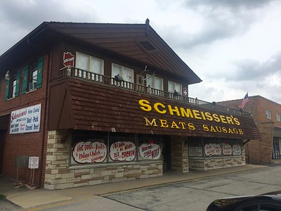 Great meat and poultry butcher. Niles, IL.