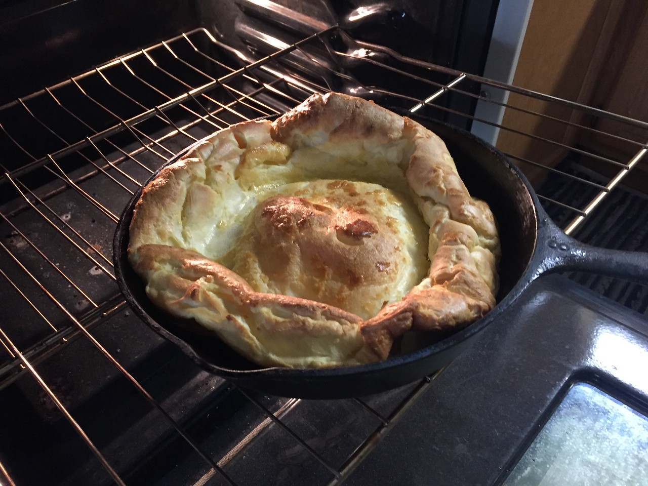 Dutch Baby (German pancake)