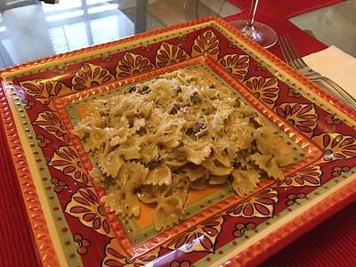 Farfalle with pistachio ceam sauce