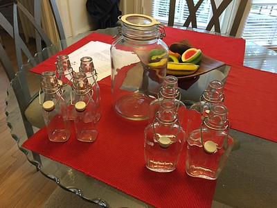 4 liter and .375 ml jars for making and sharing as gifts.