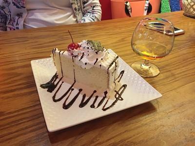 Incredible pastel de tres leches.