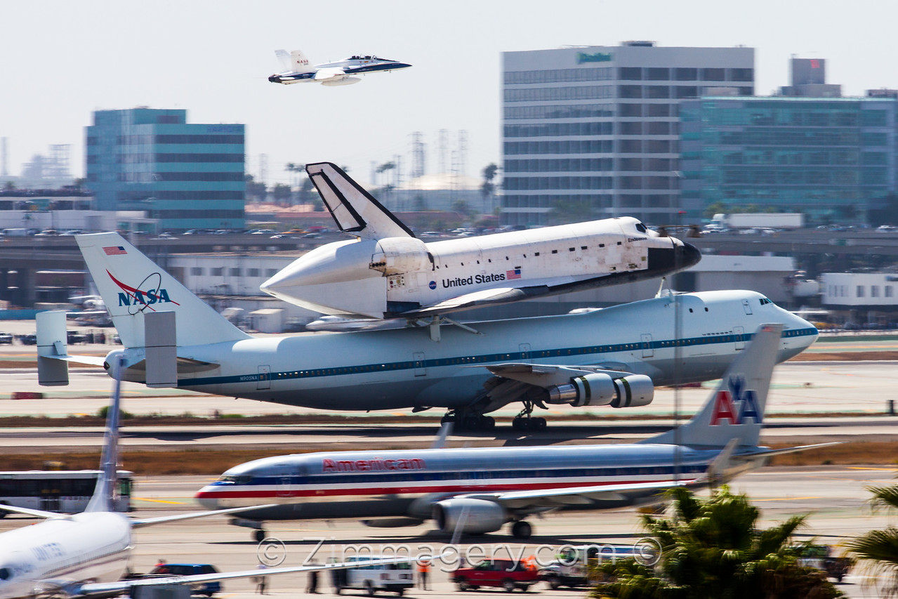 Space Shuttle Endeavor, LAX
