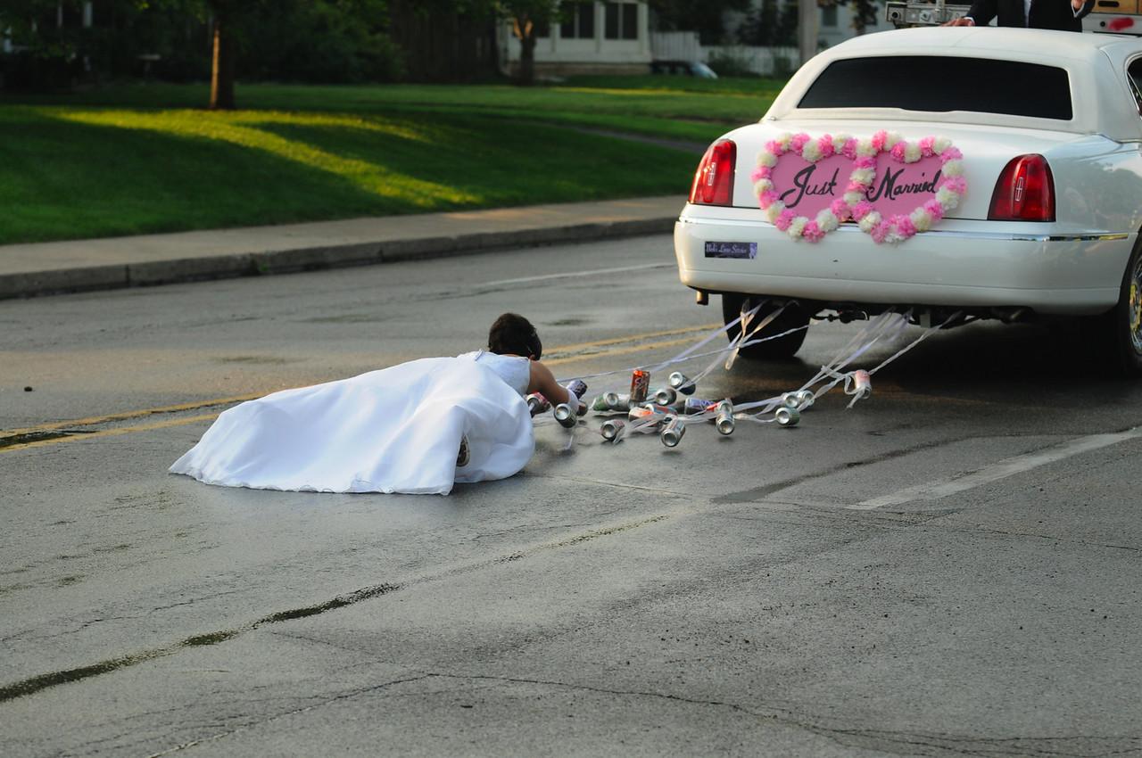 DSC-6209 Shasta, Bride behind car, Indy, PBamber