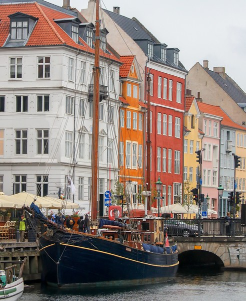aaaaBaltic T7i 224B, SMALL, telephoto of sailing ship, Nyhaven docks, Copenhagen-224