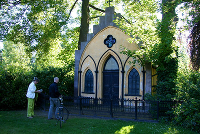 Assistens Kirkegård - maj 2006 Grave of Peter Von Scholten