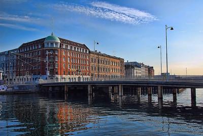 canal-buildings-bridge