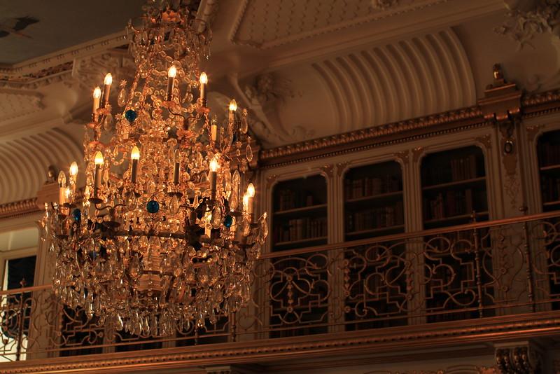 Wandering around the palace