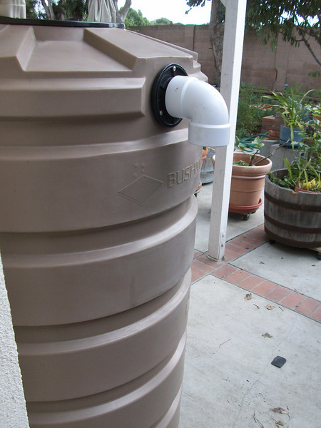 "Rain barrels mitigate storm water runoff and provide the best quality water for edible gardens.<br /> <br />  <a href=""http://www.rain-watersystems.com/"">http://www.rain-watersystems.com/</a>"