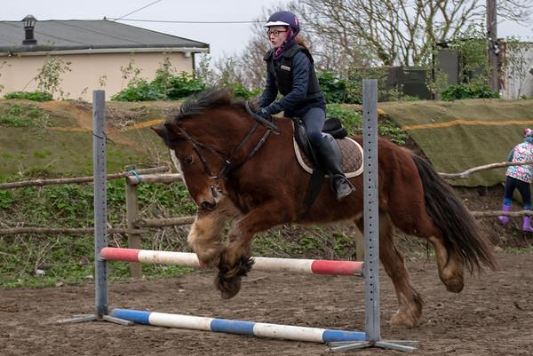 Pony camp am4442