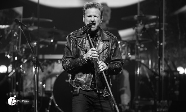 Corey Hart | Save-On-Foods Memorial Center | Victoria BC