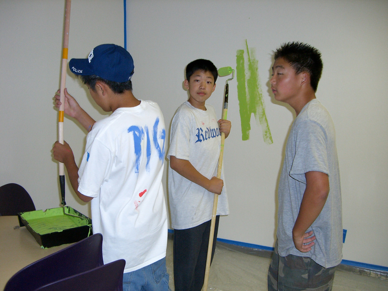 2005 A Space Oddity - Paul Kang, Jay, & Philip Lee discover tools