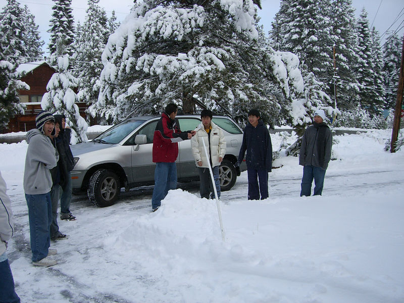 2005 12 26 Mon - The boys fail at snow catepults