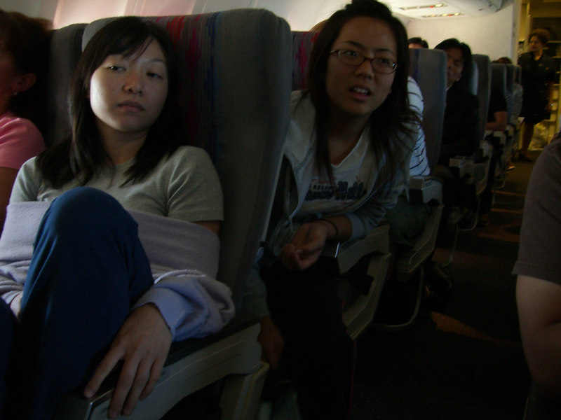 2006 07 12 Wed - Alice Tung & Shinae Kim on the plane