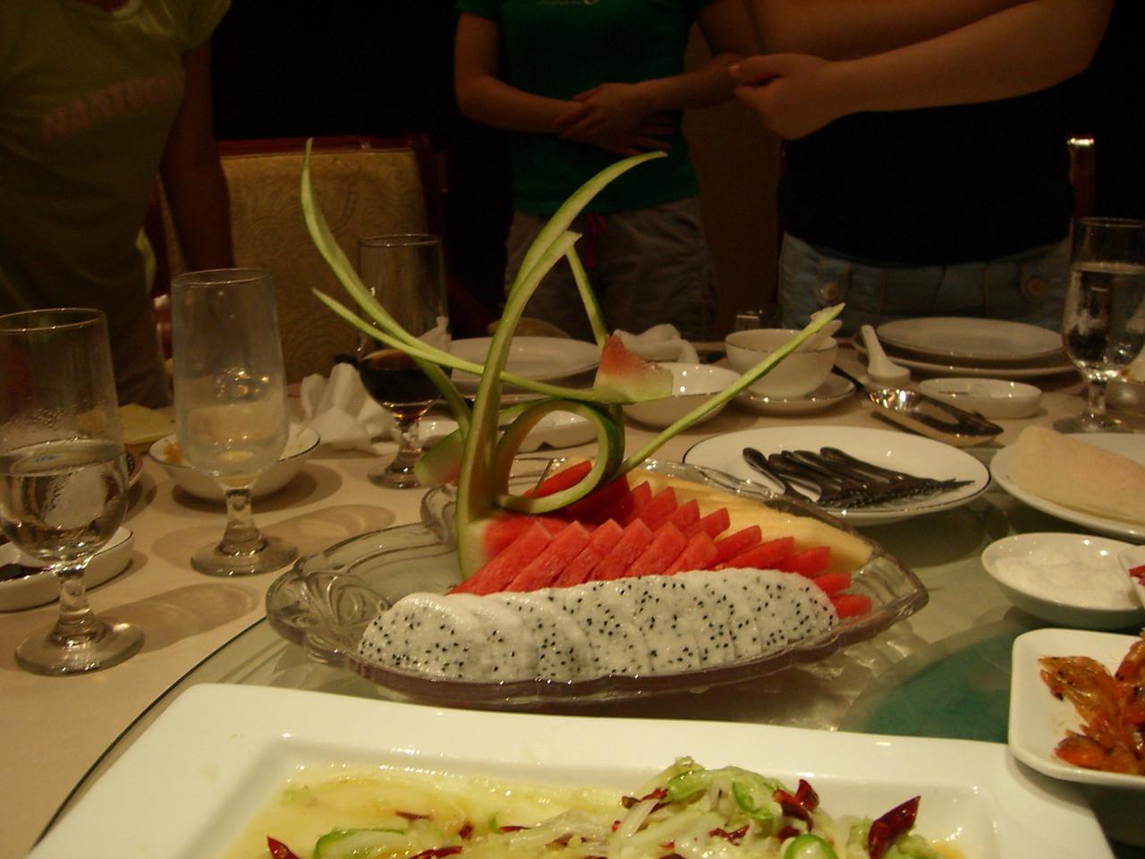 2006 07 14 Fri - Bird fruit plate 2