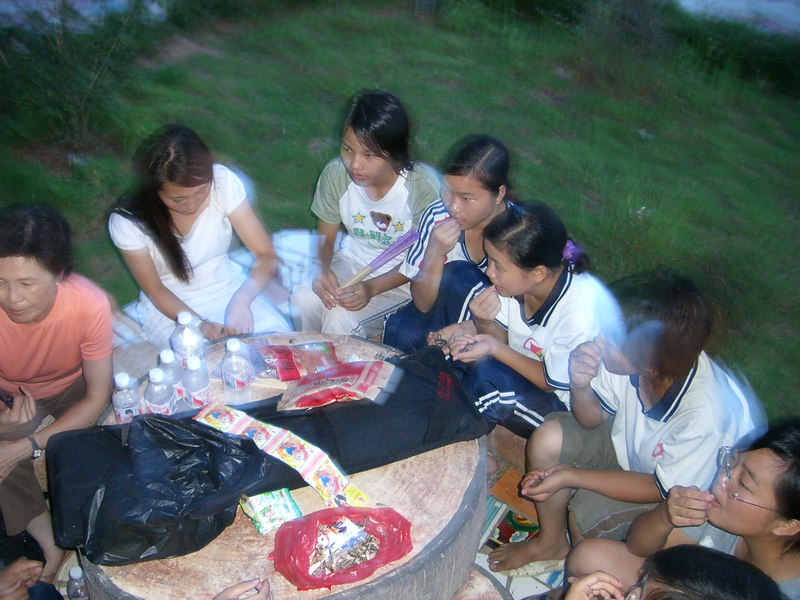 2006 07 23 Sun - Hanging out with my class - Florence Lo, Lois Lee, Paula, Mary, Faith, some other kid, Angela, Rose