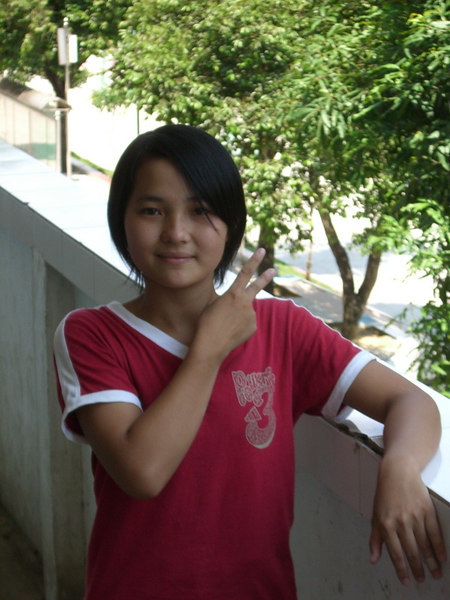 2006 07 24 Mon - Profile pic - Hannah
