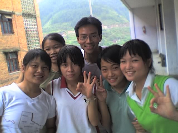 2006 08 06 Sun - Jian He high school - Angela, Alice, Sarah, Ben Yu, Helen, & Mary