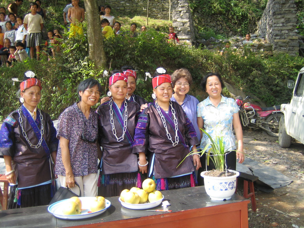 2006 07 30 Sun - Miao village - Welcoming party with Lai-Yee Hom, Alsie Ng, & our school's principal