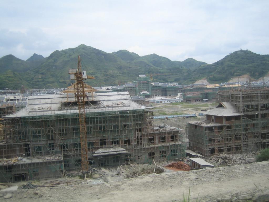 2006 07 30 Sun - New Jian He construction 1