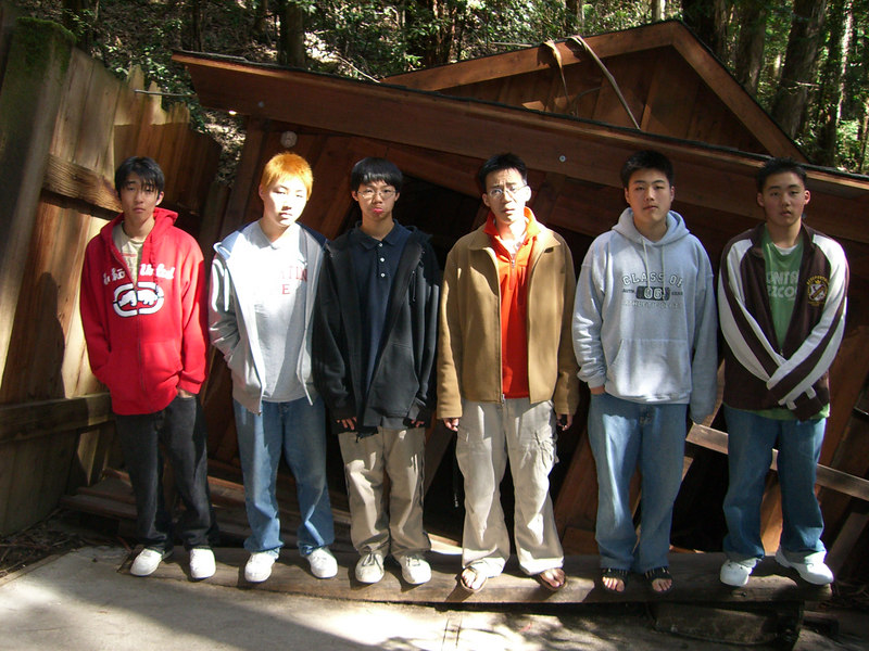 2006 04 20 Thu - Who's tallest - Marc Rowe, Mark Choi, Jeremy, Ben Yu, Isaac Choi, Philip Lee
