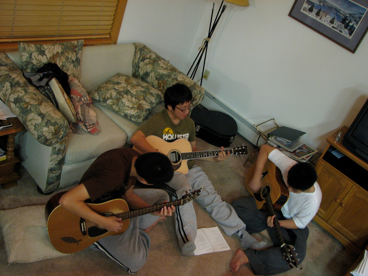 2006 12 22 Fri - Doug Kang, Junghan Kim, & Isaac Chu jamming 1