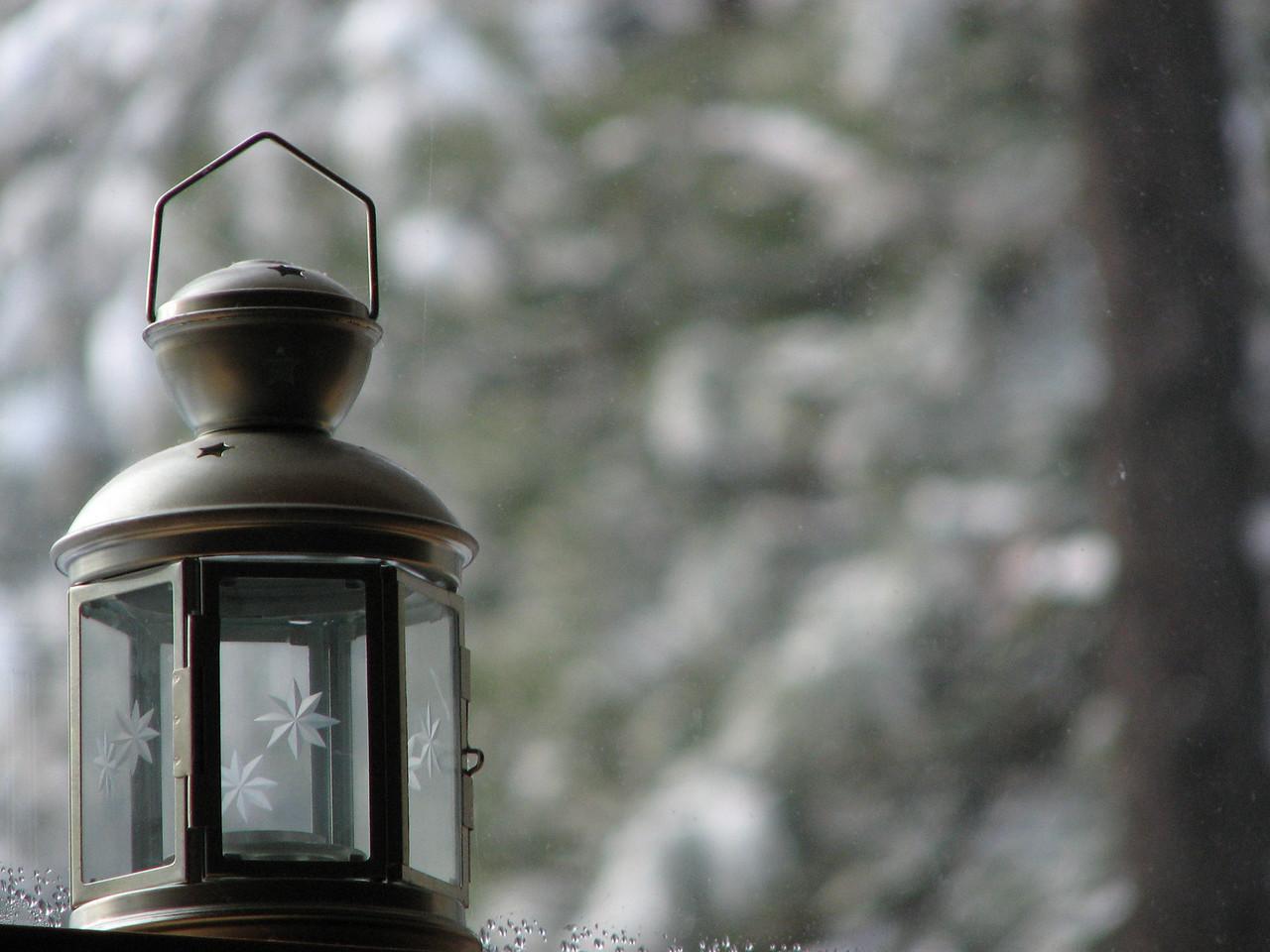 2006 12 23 Sat - Lamp 1 - fore focus