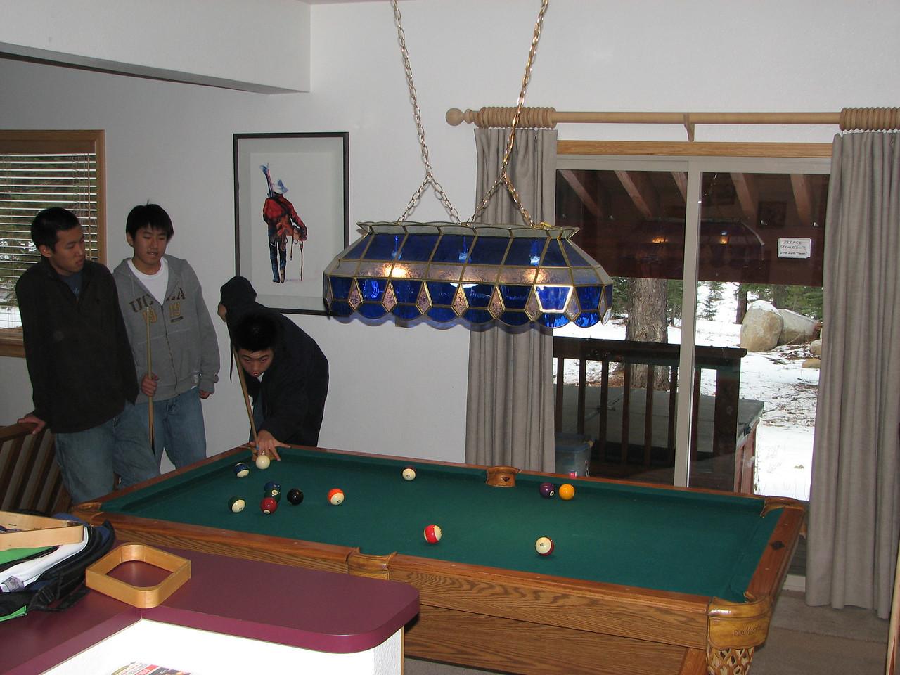 2006 12 20 Wed - Isaac Choi hustling the Kang brothers Doug & Paul